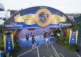 Brazilian Fredison Costa dominates Walt Disney World marathon