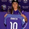Pride Forward Marta arrives in Orlando and trains with her new team for first time