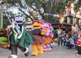 Busch Gardens extends Sesame Street Halloween event throughout October