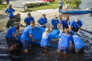SeaWorld_Orlando_Returns_Rizzo_into_Tomoka_River2